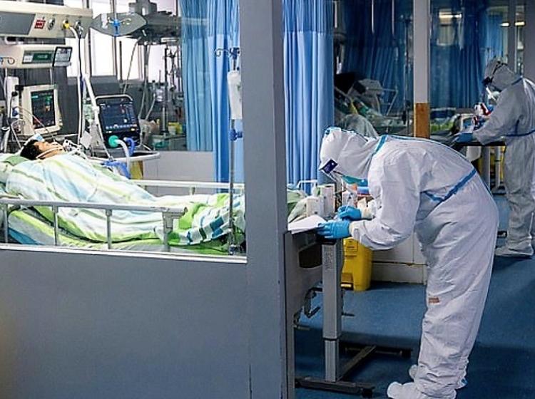 Novi koronavirus (SARS-CoV-2): na Kitajskem se trudijo zajeziti epidemijo, po svetu je prisoten strah pred pandemijo