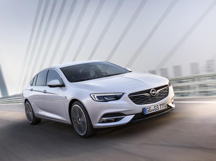 Opel insignia grand sport – nova generacija na podlagi študije Monza
